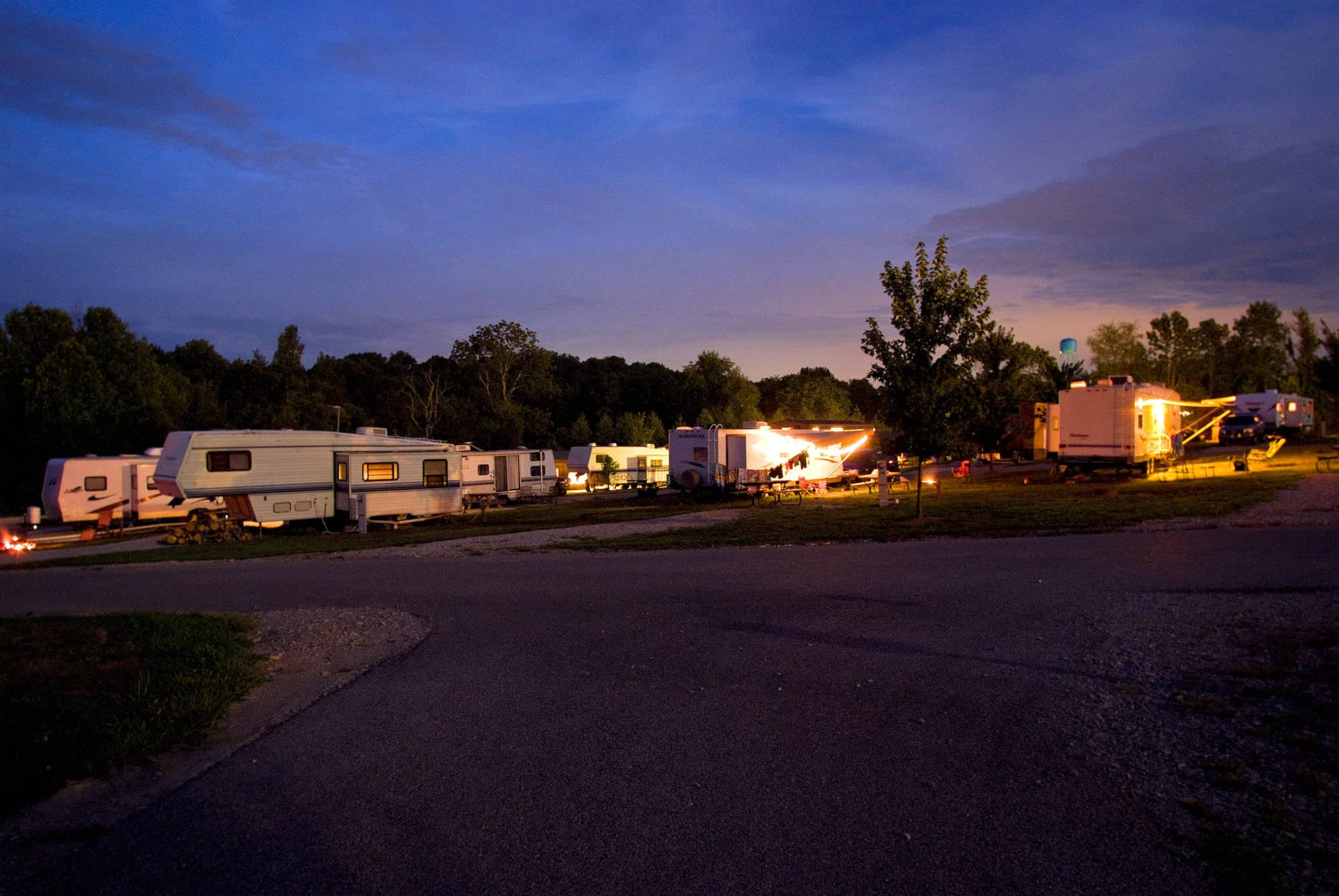 Rv parks in bloomington indiana for Cabins near bloomington indiana